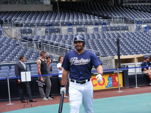 Padres left fielder Carlos Quentin during batting practice.