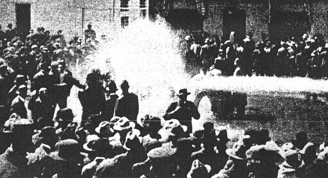 San Diego police drench a free-speechers meeting, March 10, 1912