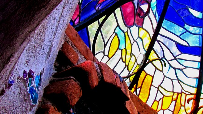 Boy's Cottage bathroom stained glass sky dome.