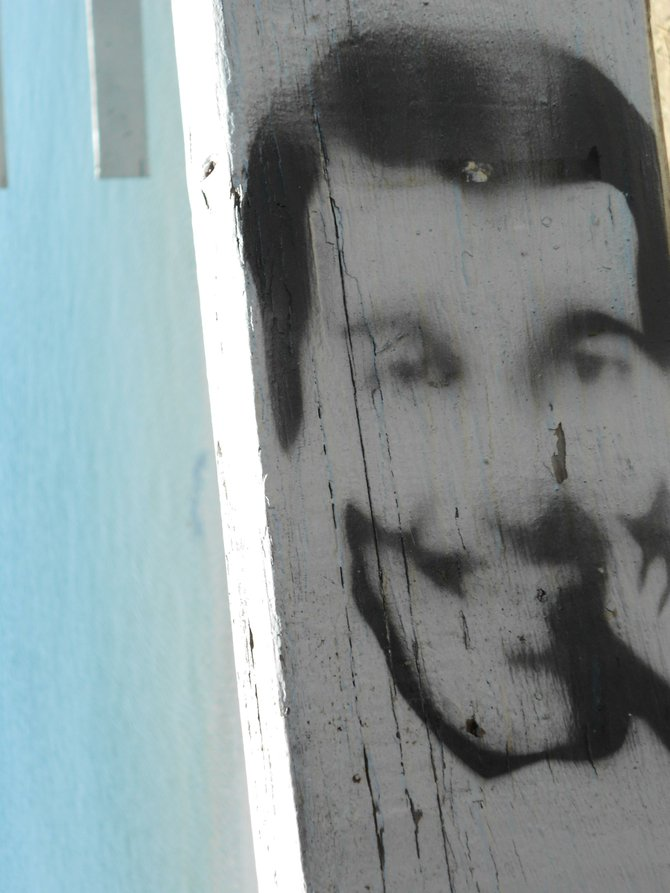 Is that an image of Jesus on the fence near Kellogg Beach in Pt. Loma?