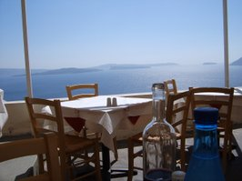Lunch with a view in Santorini
