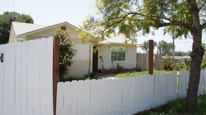 Home in Fallbrook where the accused lived.  Bob Weatherston photo.