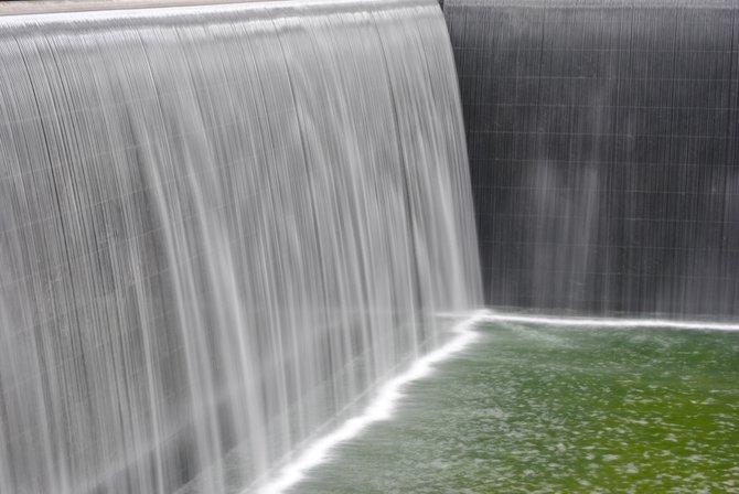 Ground Zero. 9/11 memorial pool