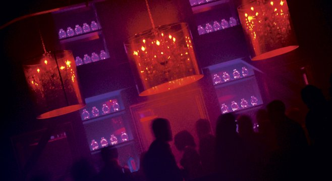 Electronic-music fans unite at Club Voyeur. - Image by Chris Woo