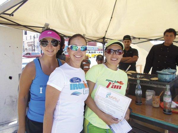 Customers Claudia, Norma, Gaby