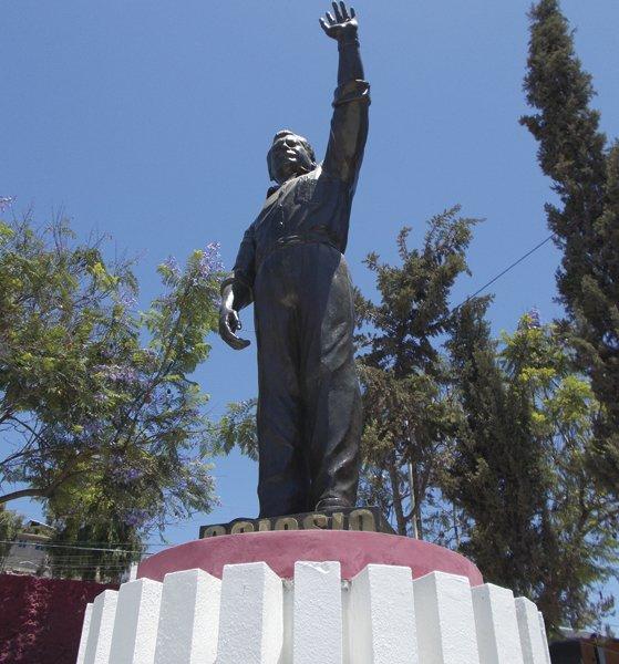Colosio statue