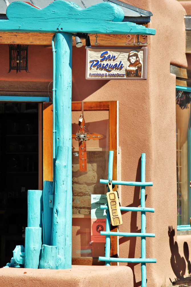 This little quaint furnishing and home decor shop is located in beautiful old town Santa Fe, NM.  My husband and I took a much needed vacation to New Mexico this past September where one of our must see stops was Santa Fe, NM.  It was amazing and it was very relaxing.  Enjoy...
