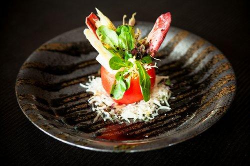 Tomato cup salad