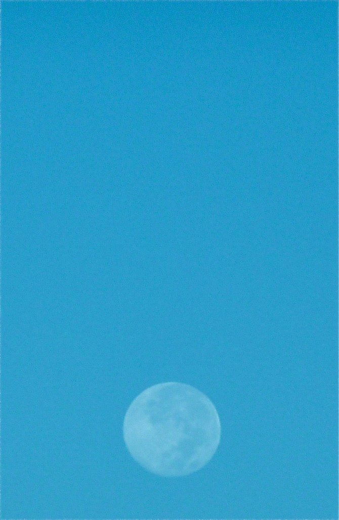 Even the Blue Moon is artistic in North Park, 92104