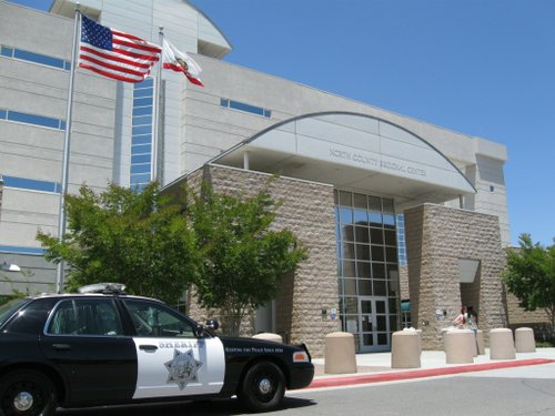 San Diego's North County Superior Courthouse is adjacent to the Vista Jail.