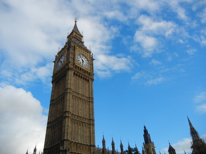 London's iconic Big Ben clock tower