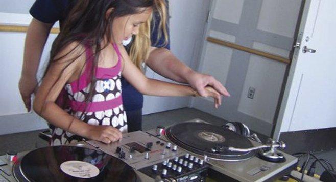 DJ Pnutz (with student)