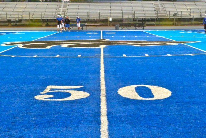 Midfield at West Hills
