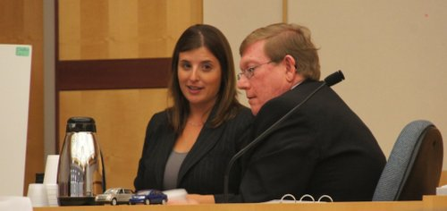 Defense attorney Lindsay Itzhaki and prosecution expert Ed Phillips.  Photo Weatherston.