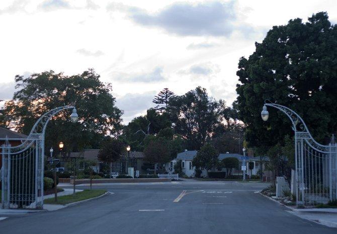 Neighborhood Talmadge. The historic gates on Adams Avenue.