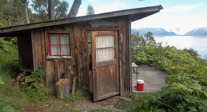 Selling point of the cozy, no-frills cabins at Mossy's Seaside Farm Hostel: unforgettable views.