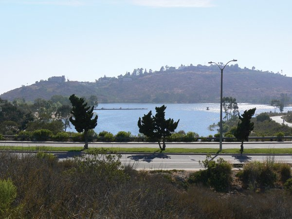 La Mesa's Lake Murray offers a great place to take a walk amid chaparral and coastal sage scrub while pondering the role of imported water in  San Diego's history.