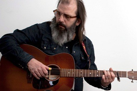 Hard-core troubadour Steve Earle plays Belly Up on Sunday.