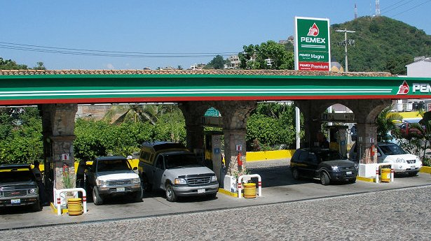 Saturation of Gas Stations in Tijuana Harms Business