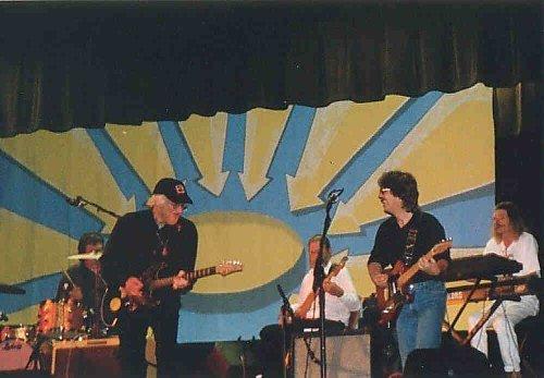 (Sheridan and Humphries at BeatleFair, courtesy davehumphries.com)