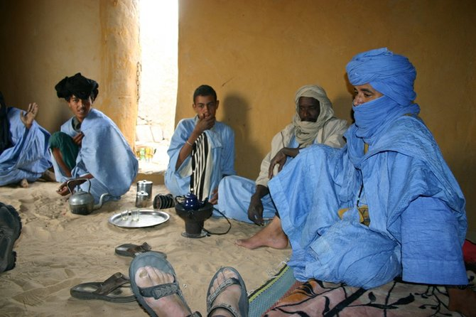 Tuaregs telling stories