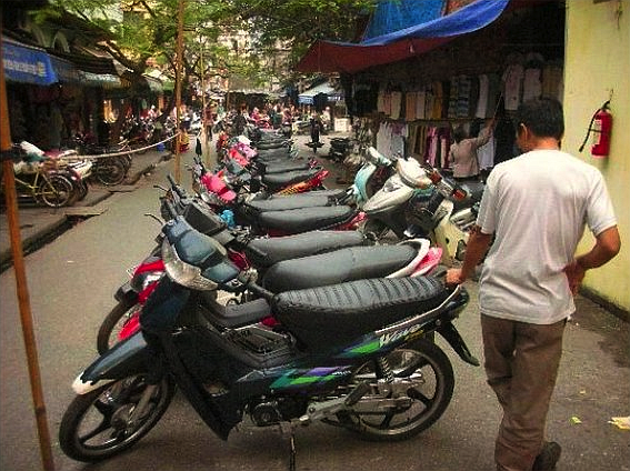 Hanoi bike shop.