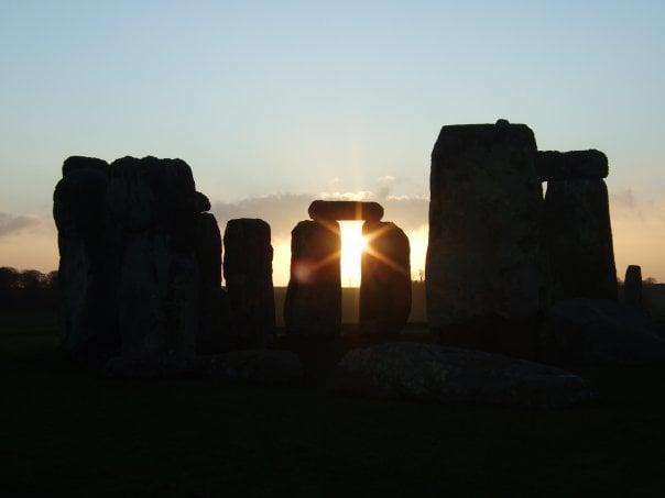 'Buffalo Girl Travel' Goes Behind the Ropes at Stonehenge for Sunrise