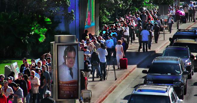 Northbound traffic at San Ysidro (Photo by T.B. Beaudeau)