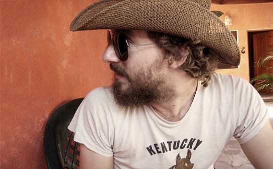 Experimental folkie Phosphorescent delivers his crit-hit disc, Muchacho, to Casbah Wednesday night.