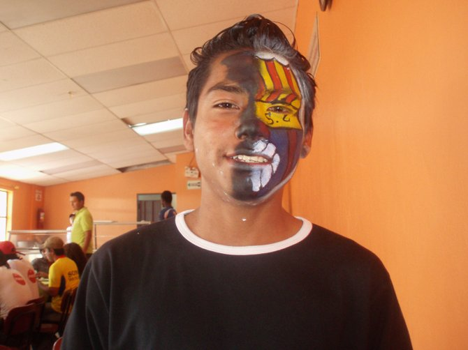 Face painting in Ecuador