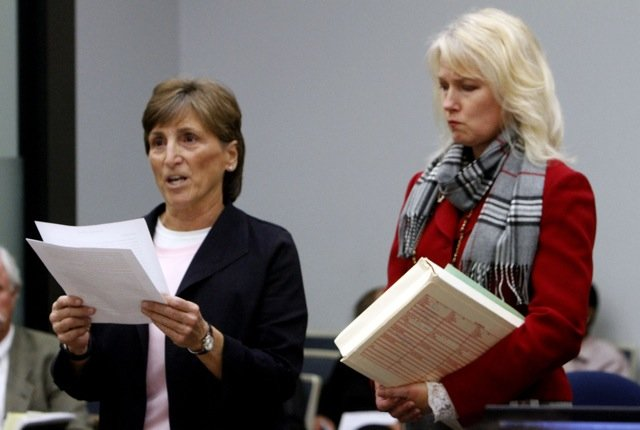 Debbie Sawyer, next to prosecutor Anna Winn, spoke to a judge today.  Photo credit Don Boomer, UT San Diego.