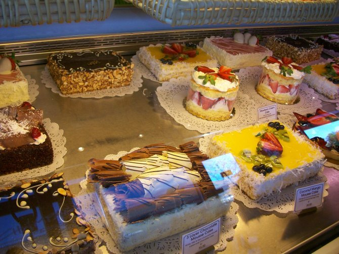 Carmel Mountain Ranch's Champagne Bakery & some wonderful desserts!