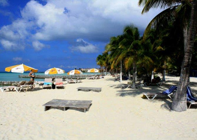Isla Mujeres East End Beach