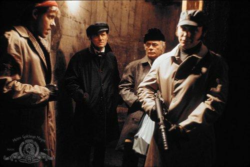 Earl Hindman, Robert Shaw, Martin Balsam, and Hector Elizondo.