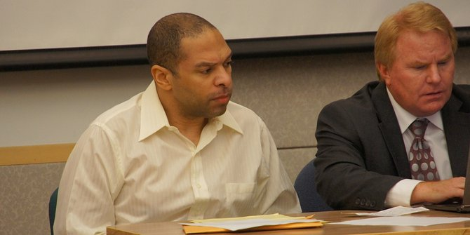Defendant Louis Perez and attorney Jeff Reichert in court.  Photo Weatherston.