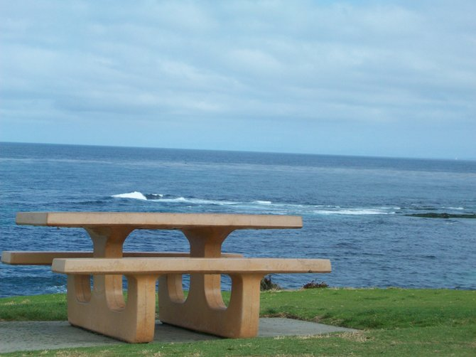 What a great place for a picnic....at La Jolla Cove.