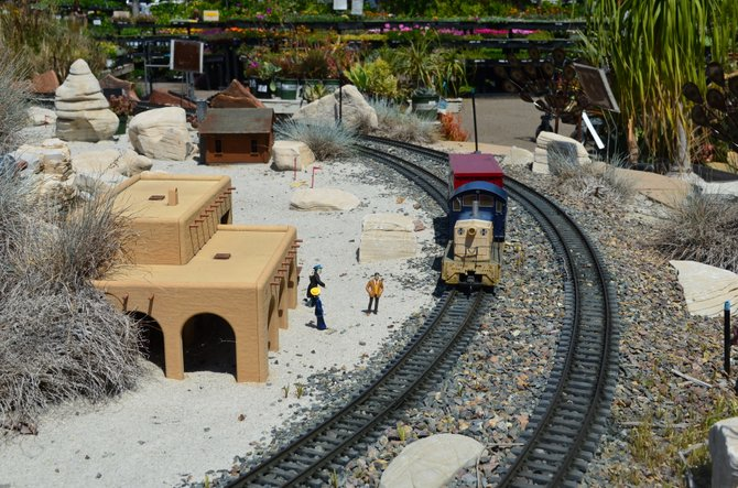 Model train scene at Walter Andersen Nursery, Poway, California