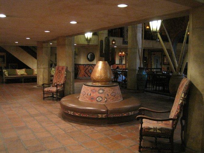 Hotel Figueroa's lobby area.
