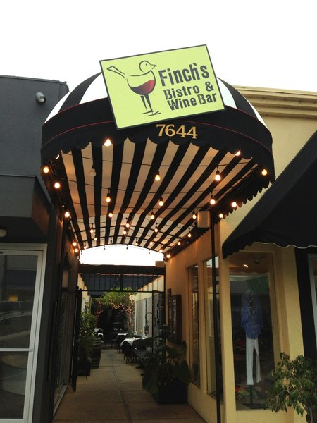 Entryway to Finch's Bistro