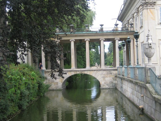 Waterfront palace in Łazienki Park.
