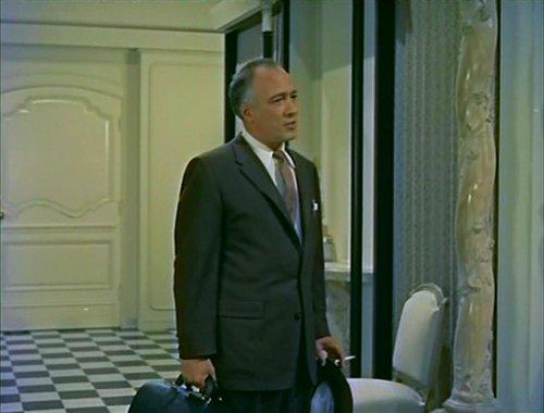 Tony is treated by Hollywood's Doctor to the Stars, Ed Platt.