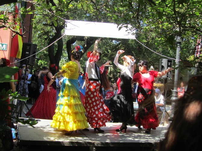 Spanish dancers at Saint Augustine, FL