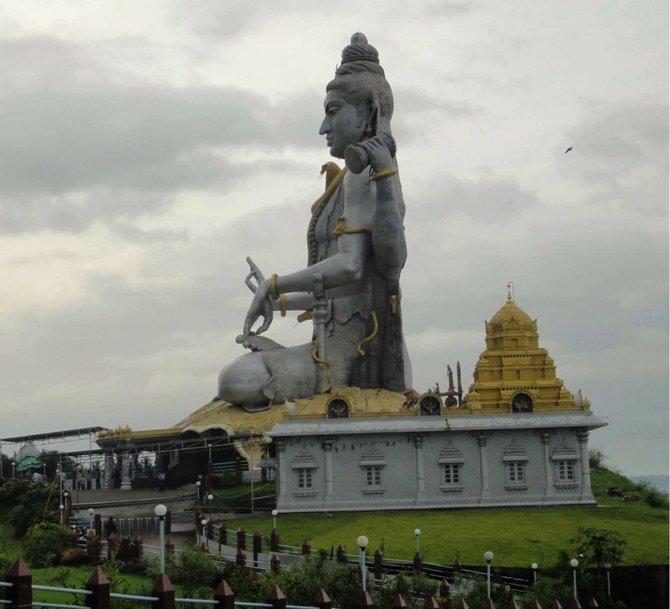Murudeshwar's Lord Shiva.