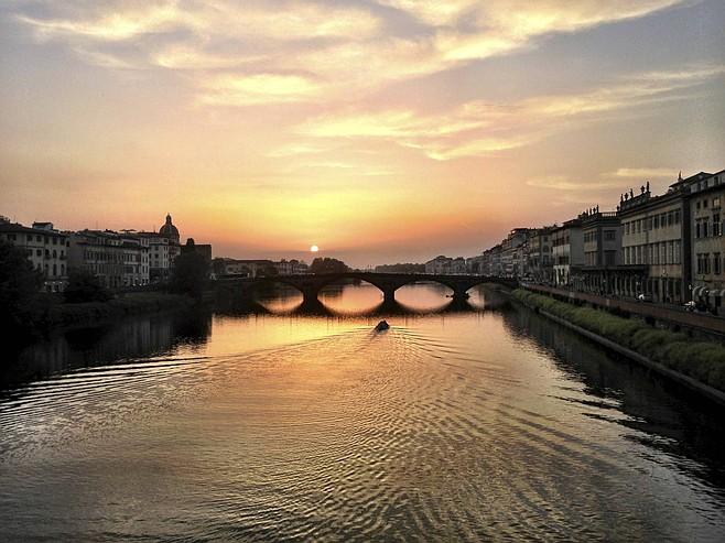 Sunset on the Arno.