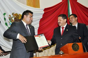 Ricardo Lara and Ben Hueso. From the Internet, credit to diariocritica.org.