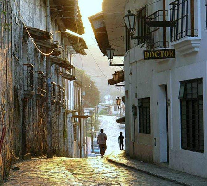 Cuetzalan streets.