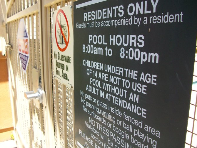 Dove Canyon apartments in Rancho Bernardo pool rules.