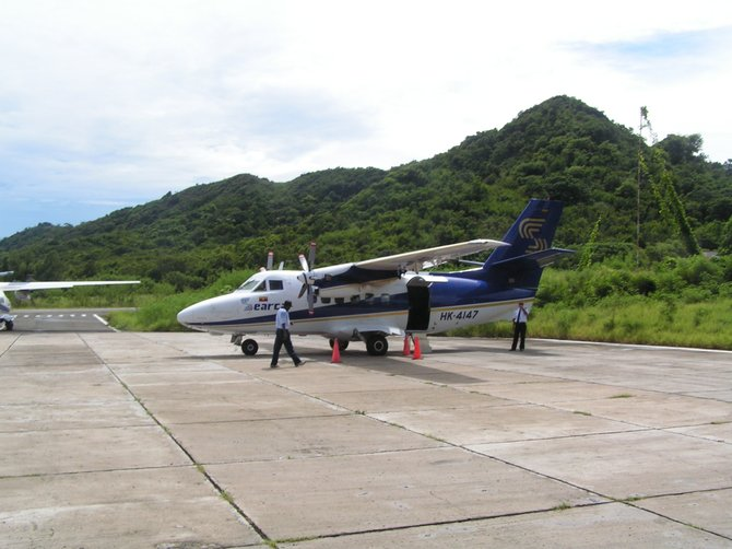 the plane to Providencia