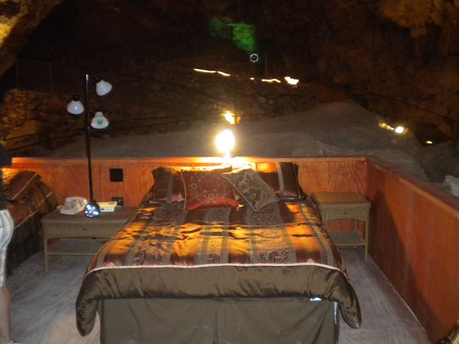 Caverns hotel suite