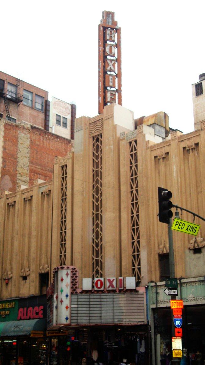 Roxie Theatre (1931-1989).